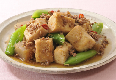 こうや豆腐とこんにゃくの甘辛炒め