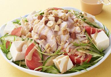 豚しゃぶとナッツのサラダ