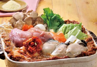 鶏肉とかきのキムチみそ鍋