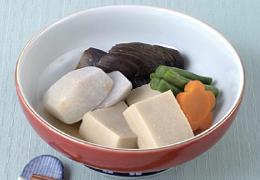 里いもと高野豆腐の炊き合わせ
