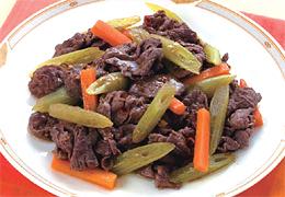 牛肉とふきの塩炒め