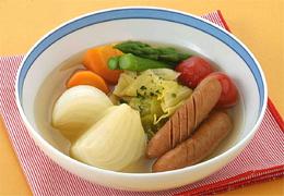 新たまねぎとソーセージのスープ煮