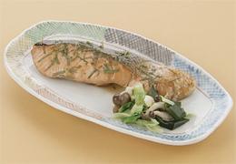 鮭の鍋照り焼き 大葉仕立て