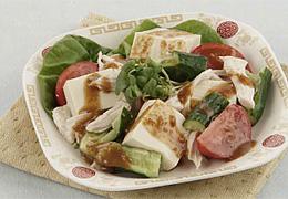 豆腐とたたききゅうりのバンバンジーサラダ