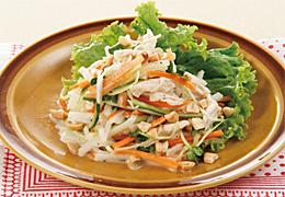 大根と鶏ささみのエスニック風サラダ