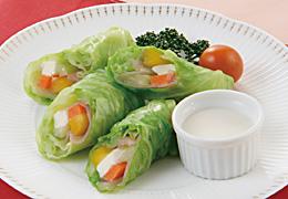 キャベツと生ハムのロールサラダ