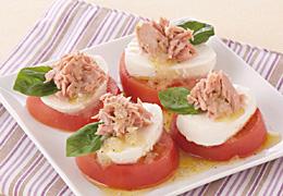 トマトとツナのカプレーゼ