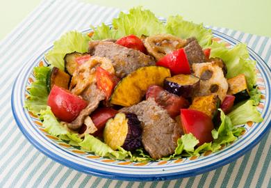 牛肉の彩りサラダ