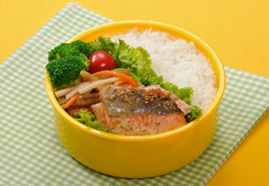 鮭のマヨ焼き弁当