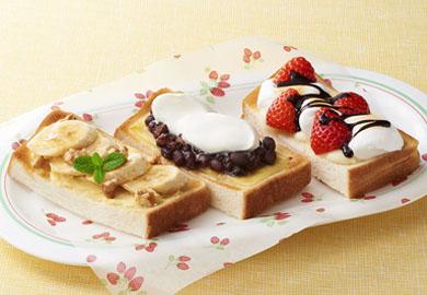 スイーツ系チーズトースト(いちご&マシュマロ、あんこ&ホイップ、バナナチーズケーキ風)