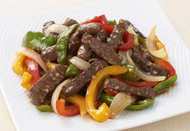 牛肉と野菜の黒酢炒め