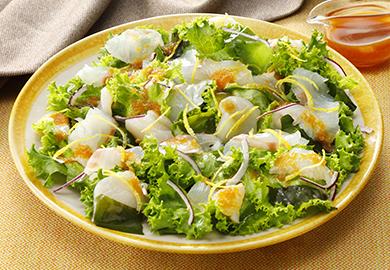 おろしぽん酢の魚介サラダ