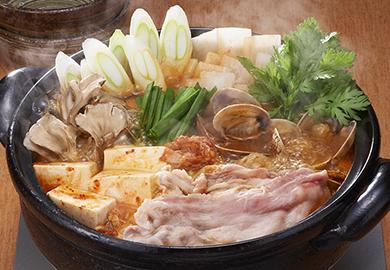 豚バラのキムチチゲ鍋