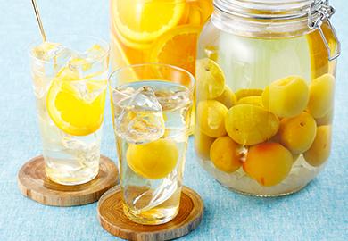 果実酒(梅酒、オレンジ酒)