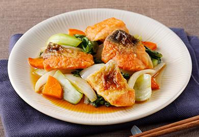 鮭とチンゲン菜の甘酢炒め