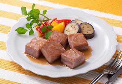まぐろのサイコロステーキ 黒酢ソース