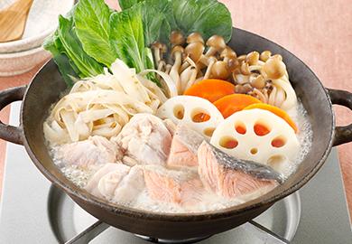 鮭と根菜のごま豆乳鍋