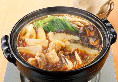 鶏肉とたらのピリ辛みそ鍋