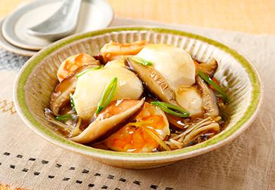 すくい豆腐とえびのきのこあん煮