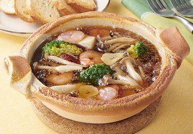 えびと秋野菜のごま油アヒージョ