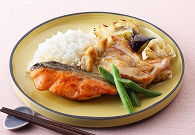 鮭と鶏肉の照り焼きプレート